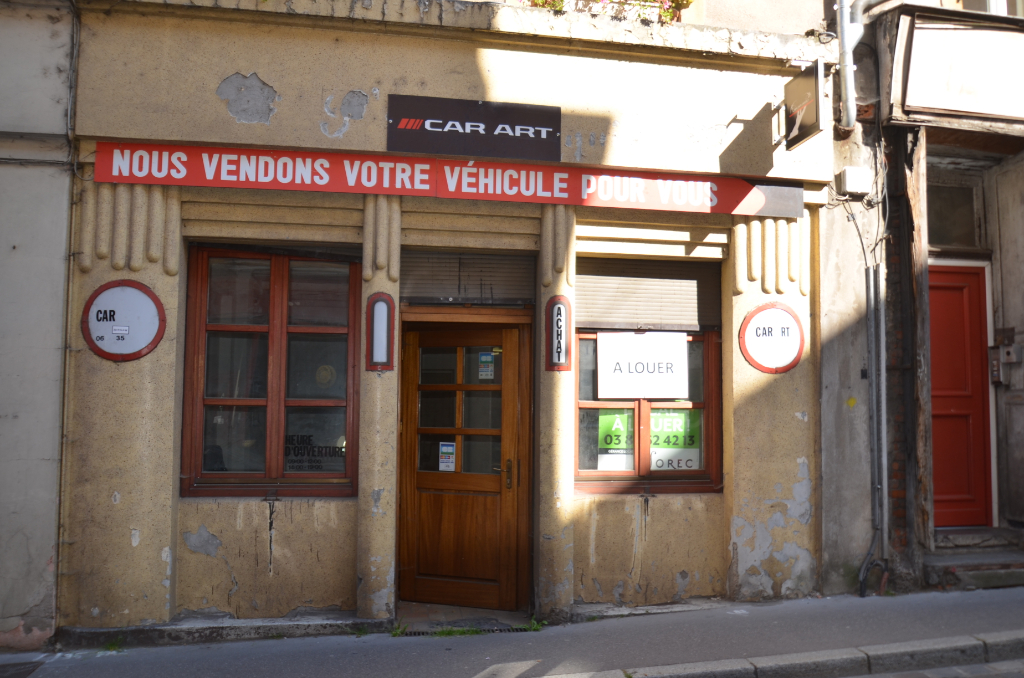 METZ  PROCHE CATHEDRALE - LOCAL COMMERCIAL - 25m2 1/1