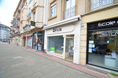 LOCAL COMMERCIAL RUE PASTEUR METZ 57000 1/2