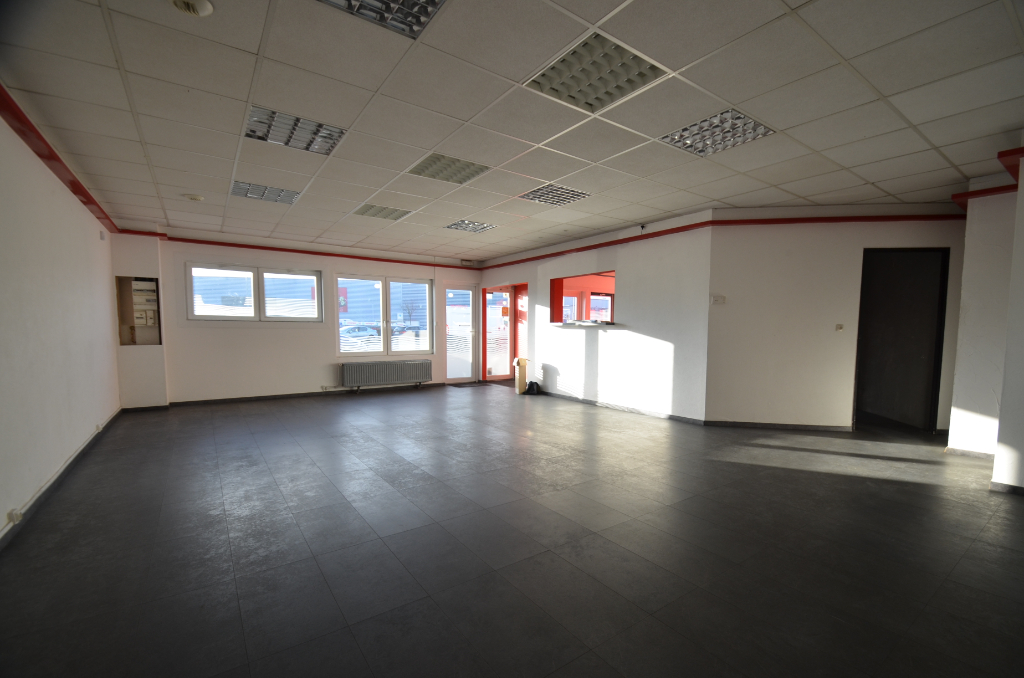 Local commercial Guenange 135 m2 DISPONIBLE RAPIDEMENT  !